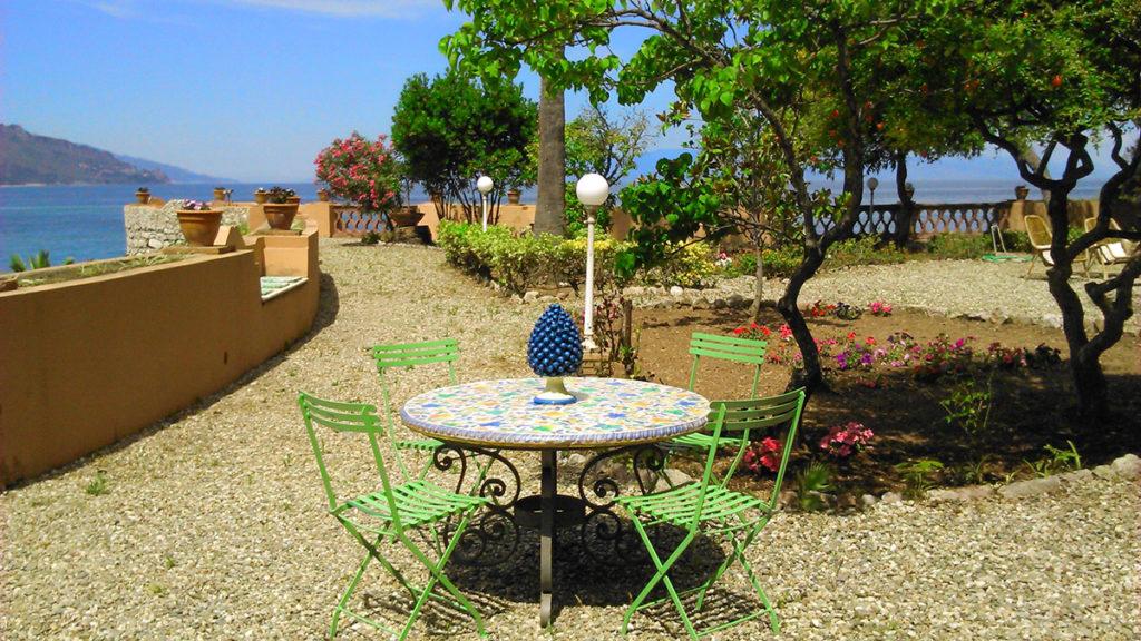 Вилла на Сицилии с видом на море