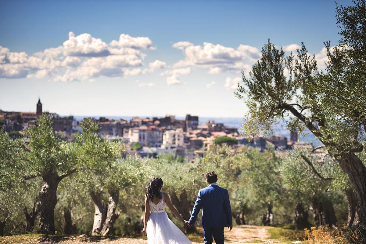 Свадьба Натальи и Александра. Средневековый городок и очарование оливковой рощи