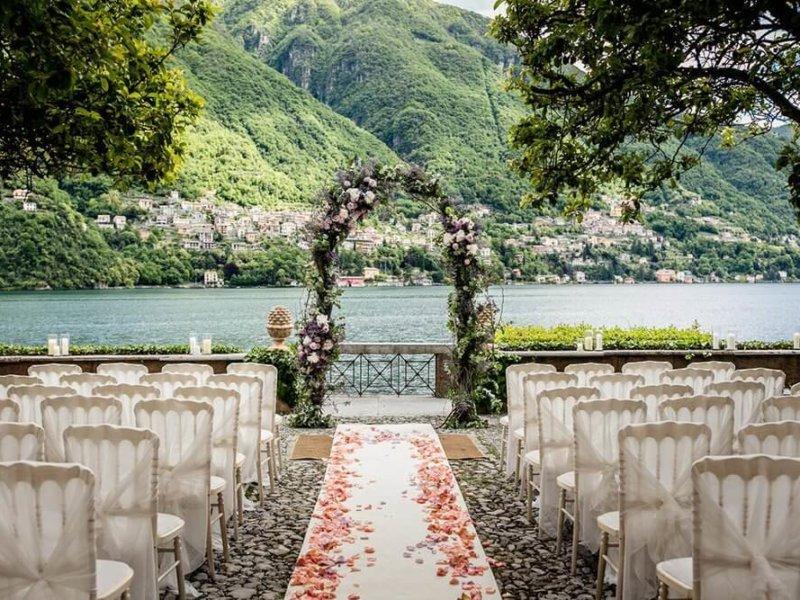 символическая свадьба на озере комо